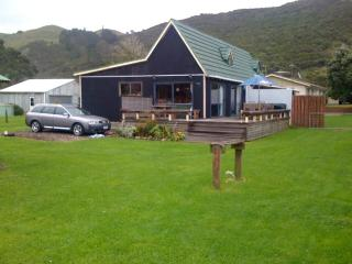 East coast holiday bach - Kaeo vacation rentals