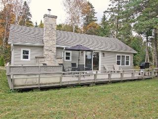 Tanglewood cottage (#805) - Ontario vacation rentals