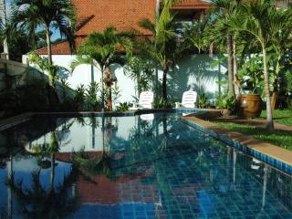 RAWAI Wooden House 3 Bedrooms Pool - Rawai vacation rentals