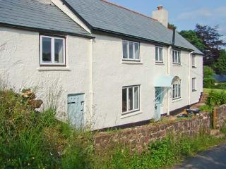 GREENSLADES, pet-friendly, open fire, woodburner, garden, in Exford, Ref. 27158 - Somerset vacation rentals
