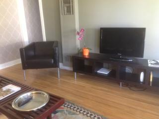 Cool & Cozy Cottage - Glendale vacation rentals