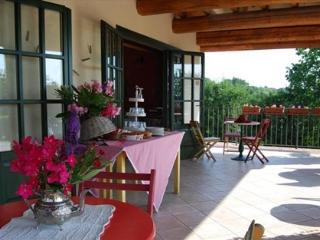 garda country house bedrooms - Brescia vacation rentals