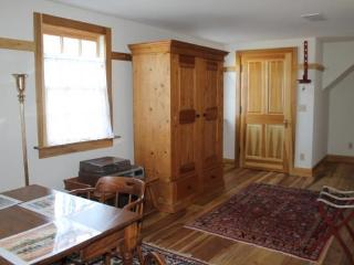 Ludwig Epple Historical Guest House - New Harmony vacation rentals