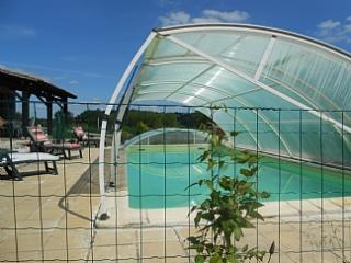 Private gite with covered private pool. - Lot-et-Garonne vacation rentals