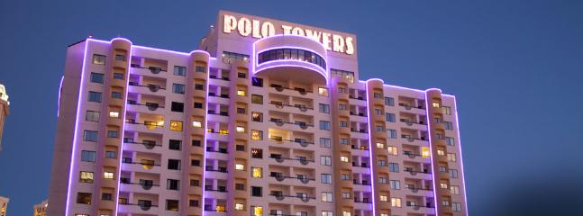 POLO TOWERS 2br VIP OWNERS SUITE NEW YEAR'S WEEK! - Image 1 - Las Vegas - rentals