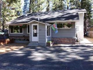 1227M Tahoe Time Cottage - South Lake Tahoe vacation rentals