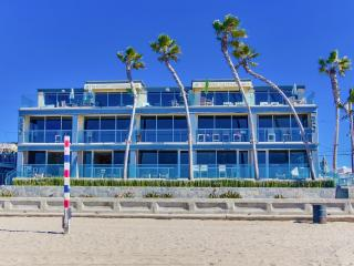 ***WOW, Ultimate OCEAN FRONT Beach Home*** - Mission Beach vacation rentals