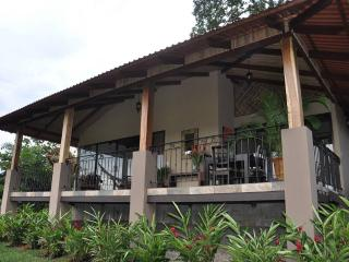 One Bedroom Villa in Horse Ranch Outside of La Fortuna - La Fortuna de San Carlos vacation rentals