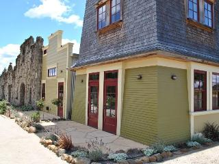 Soda Rock Winery Water Tower Suite - Russian River vacation rentals