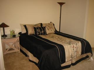 Quiet Studio in the Heart of Rancho Bernardo - Rancho Bernardo vacation rentals