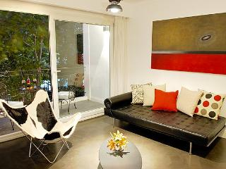Luxury 3 Bedroom Apartment in Palermo Soho - Buenos Aires vacation rentals