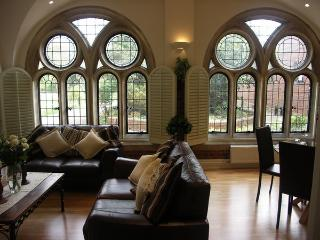 Convent Court  - Beautiful Serviced Accommodation - Windsor and Maidenhead vacation rentals