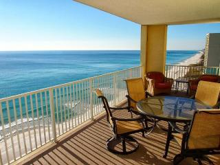 4 Bedroom Platinum Designer End Unit. Incredible Gulf Views!! Free Beach Chairs Service!! - Panama City Beach vacation rentals