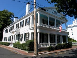 Antique In-Town Captain's House! (Antique-In-Town-Captain's-House!-ED337) - Edgartown vacation rentals