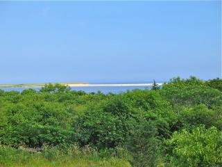 Chilmark Rental Right On Chilmark Pond! (Chilmark-Rental-Right-On-Chilmark-Pond!-CH235) - Chilmark vacation rentals