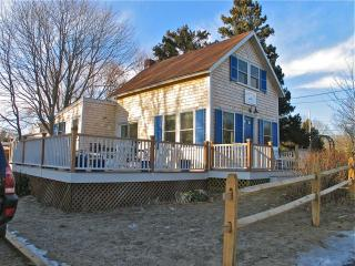 The Blue Canoe-1900's Cottage Made New! (The-Blue-Canoe-1900's-Cottage-Made-New!-OB532) - Oak Bluffs vacation rentals