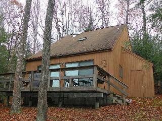 3 Bedroom Home with passes to Waterville Estates Recreation Center (MUL43M) - White Mountains vacation rentals