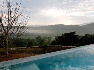 Beautiful contemporary house with impressive view and swimming pool - Cayo vacation rentals
