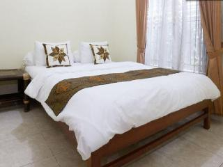 Group Friendly house near Malioboro, Yogyakarta - Java vacation rentals