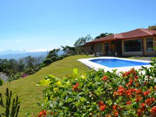 Perfect Base For Your Costa Rican Adventure - Atenas vacation rentals