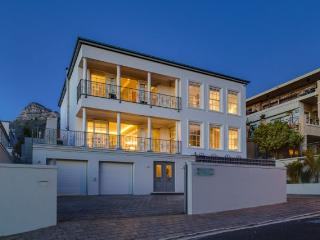 Cloud Villa at Funkey 5/6B - Camps Bay vacation rentals