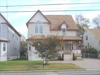 Beach House on Broadway 108585 - Ocean City vacation rentals