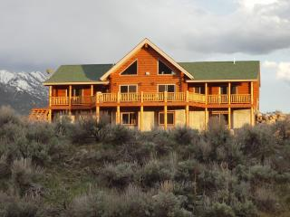 Yellowstone Retreat On The Madison River - Cameron vacation rentals