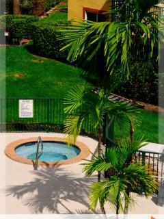 Beautiful 2 bedroom Coral Gables Condo - World vacation rentals