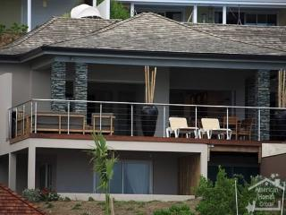 St. Maarten - Villa Pinel - World vacation rentals