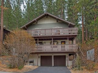 Updated Tyrolean Style Chalet just Seconds from Heavenly with Community Hot Tub and Pool with a View (HV31) - South Lake Tahoe vacation rentals