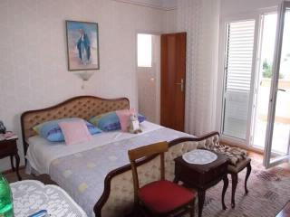 Apartment and Rooms Jadranka - 68841-S1 - Palit vacation rentals