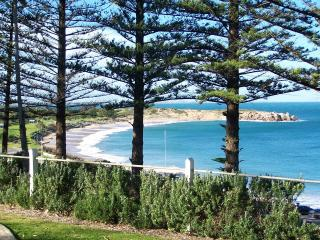 Aggie's Beach House - Port Elliot vacation rentals