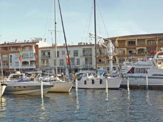 Apartaments del Port ~ RA20325 - Empuriabrava vacation rentals