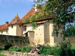La Dame Blanche priorite reservations ~ RA25244 - Charente-Maritime vacation rentals