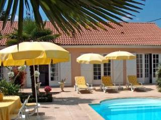 16 R Gd Communal ~ RA25498 - Gironde vacation rentals