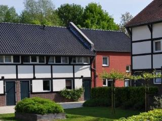 Maretak ~ RA37366 - Mechelen vacation rentals