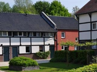 Maretak ~ RA37365 - Mechelen vacation rentals
