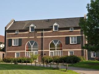 Akkerroos ~ RA37363 - Mechelen vacation rentals