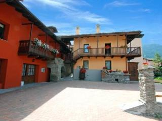 Resselin ~ RA33053 - Valle d'Aosta vacation rentals