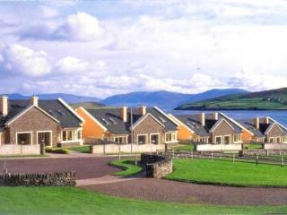 Radharc Na Mara ~ RA32618 - Dingle vacation rentals