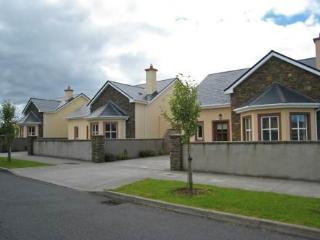Ard na Mara ~ RA32617 - Dingle vacation rentals