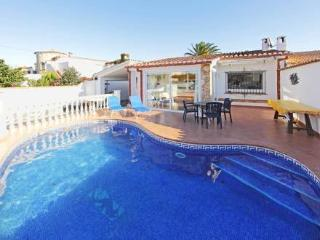 PenÝ 114 A ~ RA20360 - Empuriabrava vacation rentals