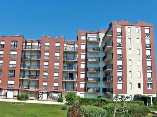 Cabourg 2000 ~ RA24738 - Normandy vacation rentals