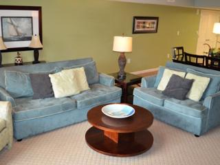 Pristine 2BR waterfront @ Yacht Club! 3-202 - Myrtle Beach vacation rentals