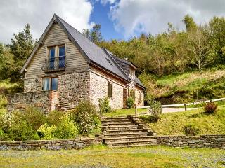 HIRAETH, pet friendly, luxury holiday cottage, with a garden in Dolau, Ref 4455 - Mid Wales vacation rentals