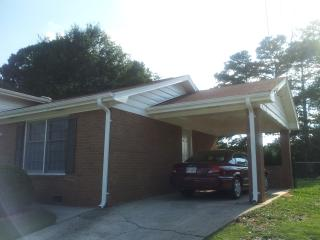 Nice 4 Bedroom House With Large Kitchen And Finished Basement $ 785.00 - Jonesboro vacation rentals