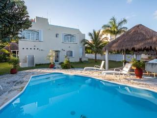 Casa Orleans - Short Walk to San Francisco Beach, Pool - Cozumel vacation rentals