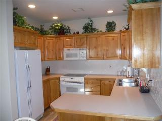 Chalets on the Creek Unit G #2 - FULL KITCHEN - Midway vacation rentals