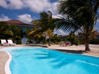 Ocean Blue Bonaire - A luxurious apartment - Kralendijk vacation rentals