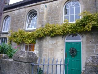 Historic holiday cottage, just 7 miles from Bath - Bath vacation rentals
